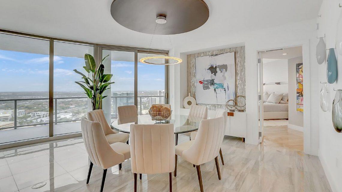100 Las Olas Residence 2803 Diningroom