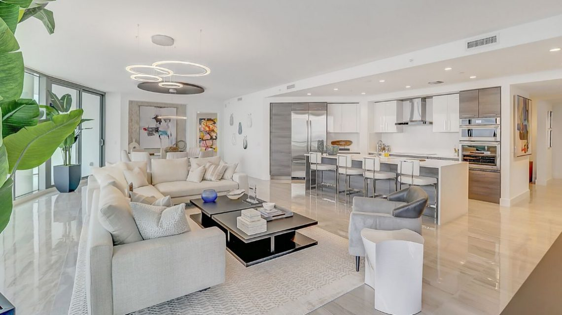 100 Las Olas Residence 2803 Living Area 01