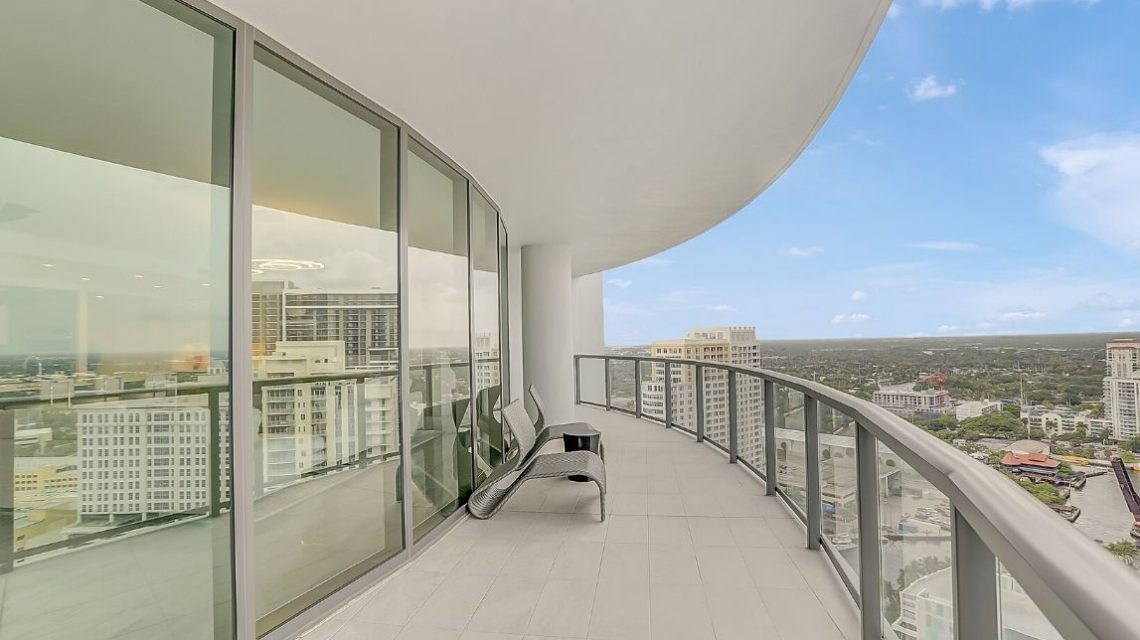 100 Las Olas Residence 2803 Terrace