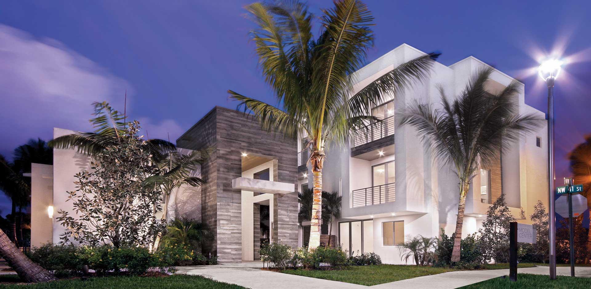 Moderne Boca Residence