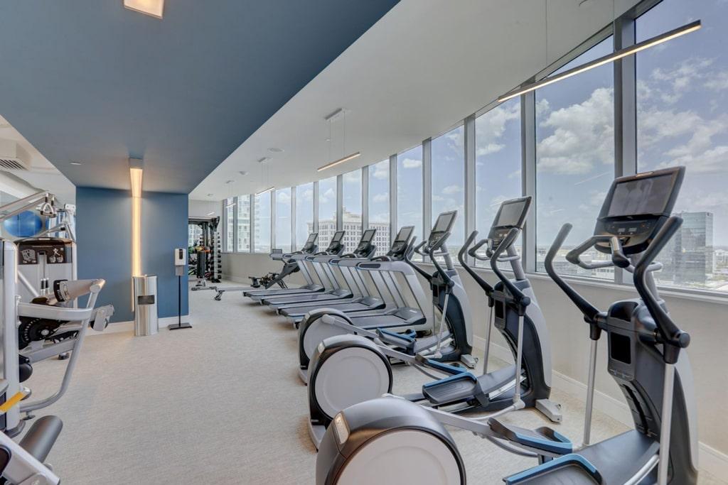100 Las Olas Gym