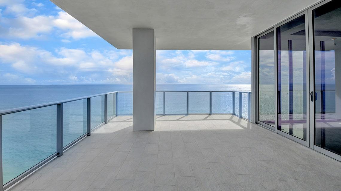5000 North Ocean Seabreeze North 2001 terrace