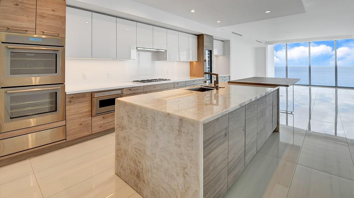5000 North Ocean Seabreeze 1703 kitchen